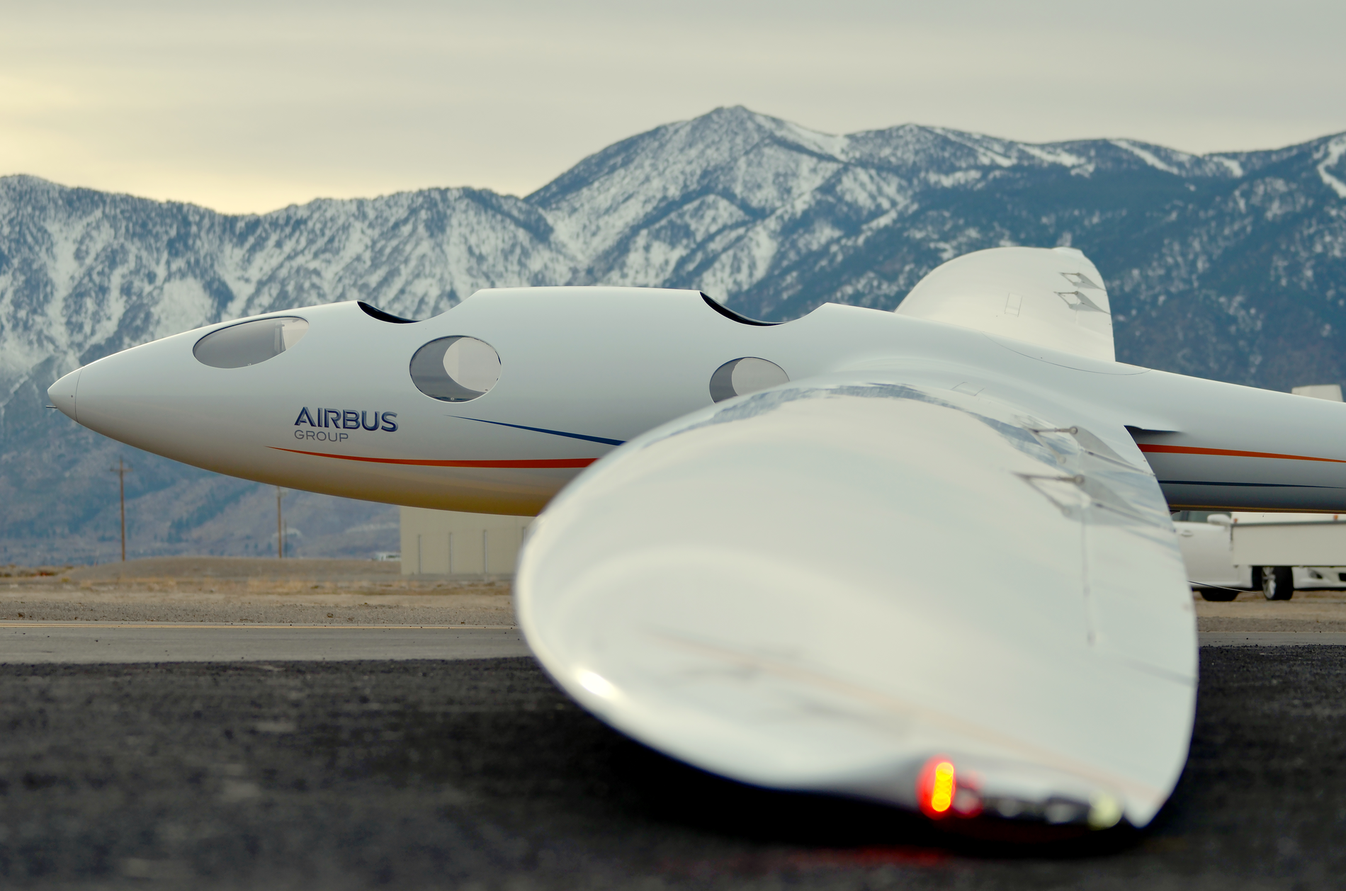 """Surfing"" on the edge of space: Airbus Perlan Mission II"